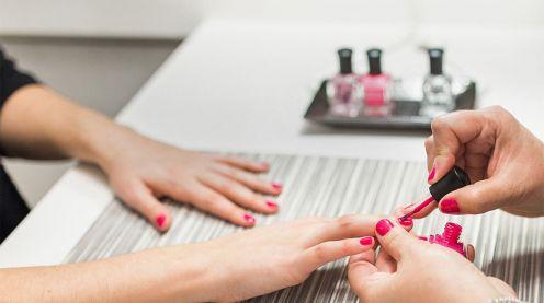 Cần gấp thợ nail có kinh nghiệm